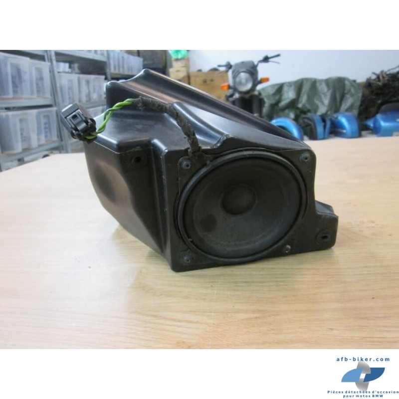 Box haut parleur droit de BMW r 1200 cl