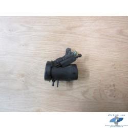 Supports droit et son injecteur de BMW r 1200 / r 850