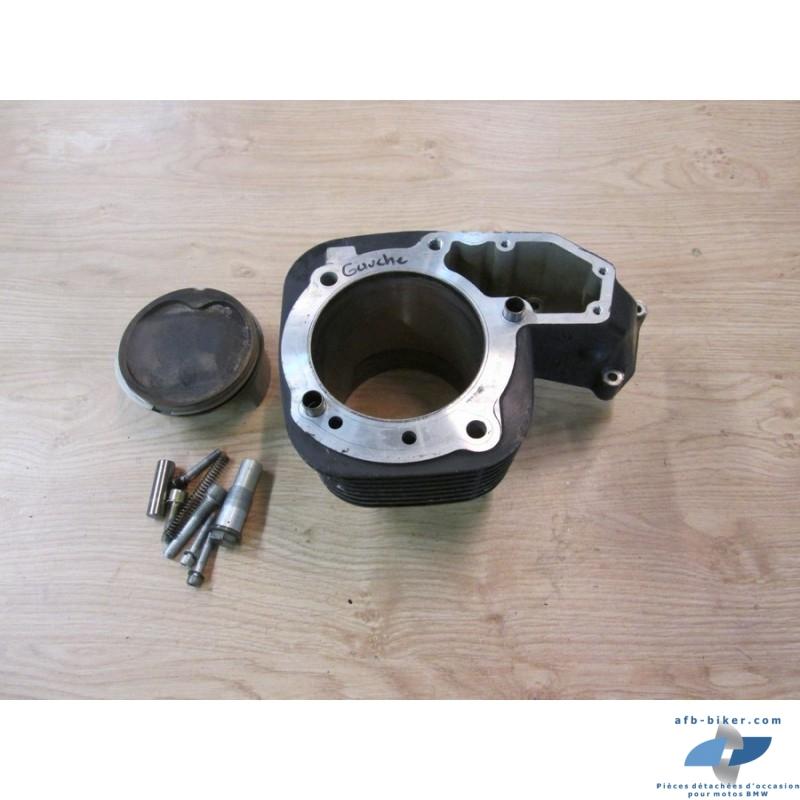 Cylindre noir gauche et piston de BMW r 1200 / r1150