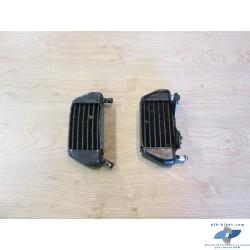 Radiateurs D et G de refroidissement d'huile de BMW r850r...
