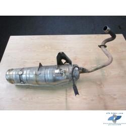 Le pot d'échappement en bon état, vendu avec sonde Lambda, sans pare chaleur.