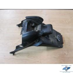 Partie arrière (garde boue et plaque immatriculation) de BMW k 1200 rs et gt