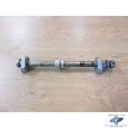 Axe de roue arrière avec tendeurs de chaîne de BMW f 800 r / f 800 gs / f 700 gs / f 650 gs