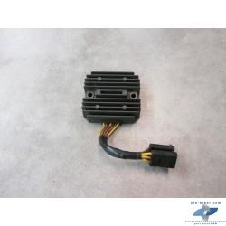 Régulateur de tension de BMW C1 125cm3 et 200cm3