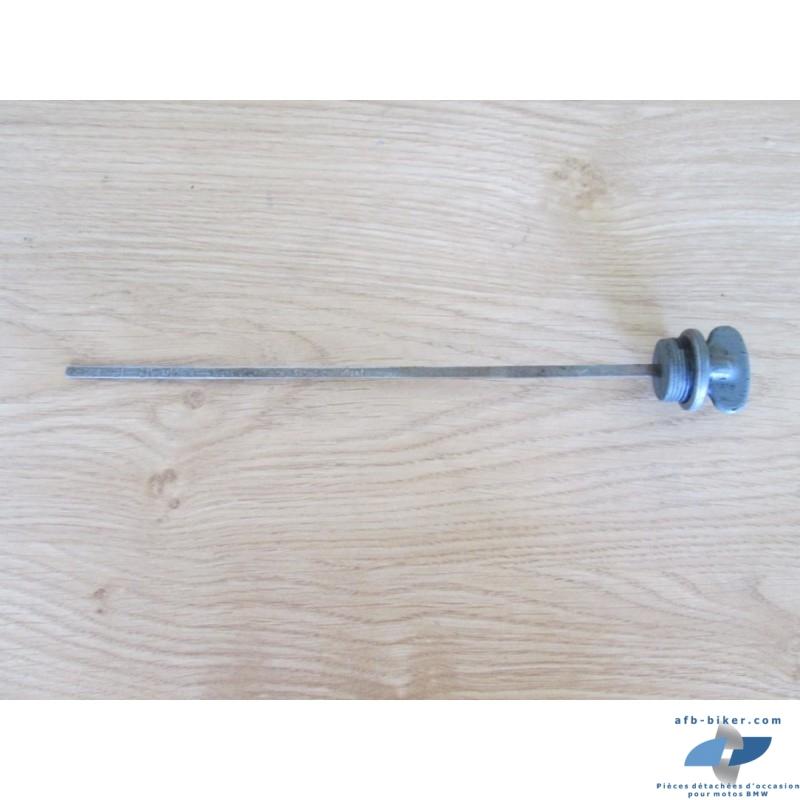 Modèle courte: 24 cm, en bon état (voir photos).
