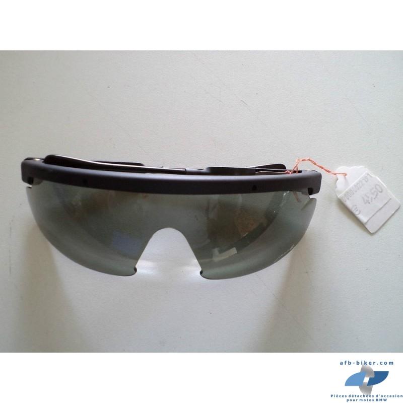 """La paire de lunettes """"jerik fumées"""" série k elle est neuves, a monture souple et taille unique"""
