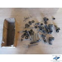 Divers soupapes et segments d'arrêt+ poussoirs et ressorts de soupapes de BMW R65 / R80 / R100