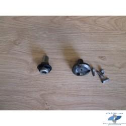 Tourillons de bras oscillant arrière (coté BV) de BMW r 1200 et autres modèles