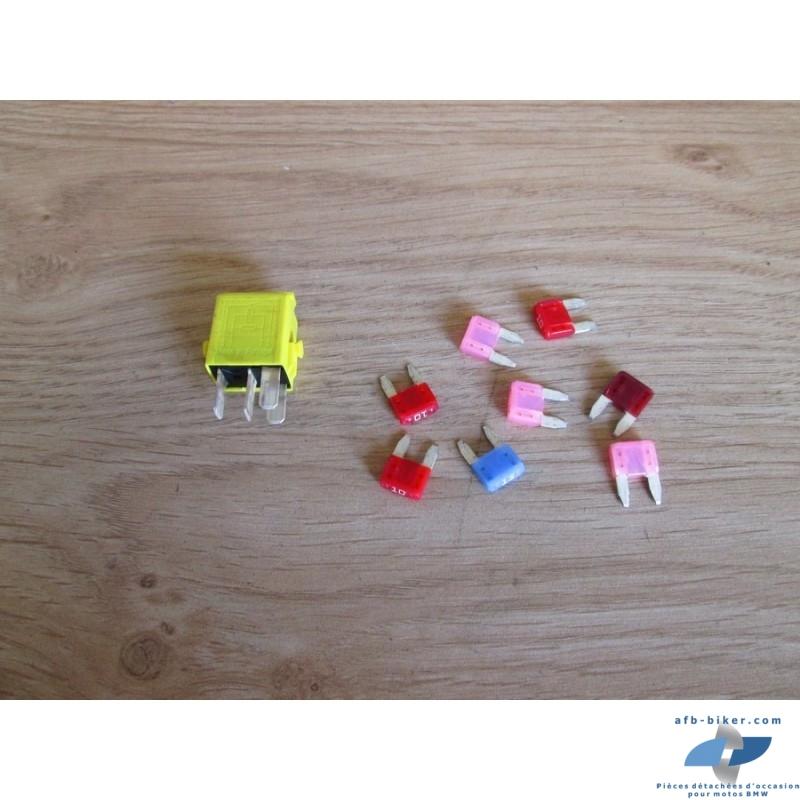 Mini relais jaune et mini fusibles de BMW r 1200 et autres modèles